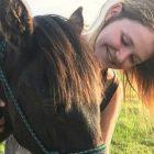 Teilnehmerin mit Pony