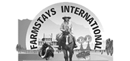 Logo Farmstays International